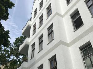 2 Zimmer Altbauwohnung in Steglitz als Kapitalanlage