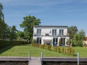 Provisionsfrei – 7,5 Zimmer Maisonettewohnung direkt am Seddinsee in Köpenick
