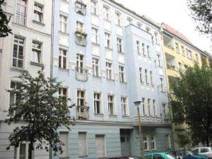 Gehobene Dachgeschosswohnung mit 3,5 Zimmern zur Eigennutzung in beliebten Prenzlauer Berg