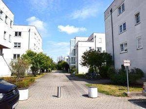 Modernes Mehrfamilienhaus in Berlin-Buckow