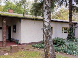 Ausbaufähiges Einfamilienhaus im Bungalowstil in  ruhiger und  idyllischer Lage von Lichtenrade