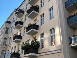 Zentral gelegene 2,5-Zimmer Altbauwohnung in Berlin-Charlottenburg