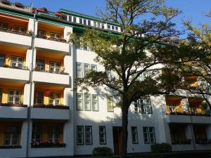 3,5- Zimmer Altbauwohnung als Kapitalanlage  im beliebtem Berlin-Steglitz